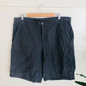 Columbia 38 gray outdoor hiking shorts